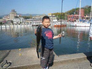 琵琶湖バス釣りロクマル